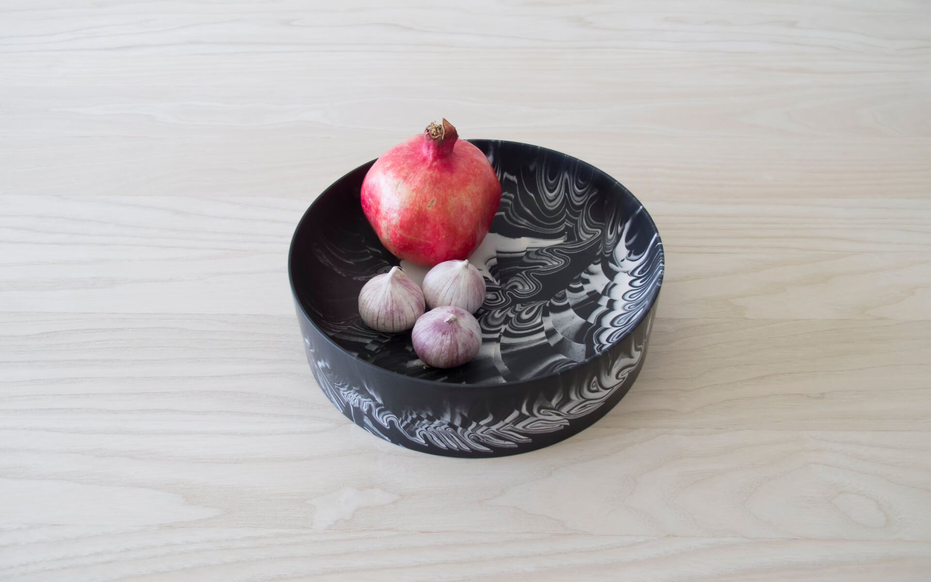 Poured Bowl – Large – Black with White – Angled View 1 – Troels_Flensted – 300dpi