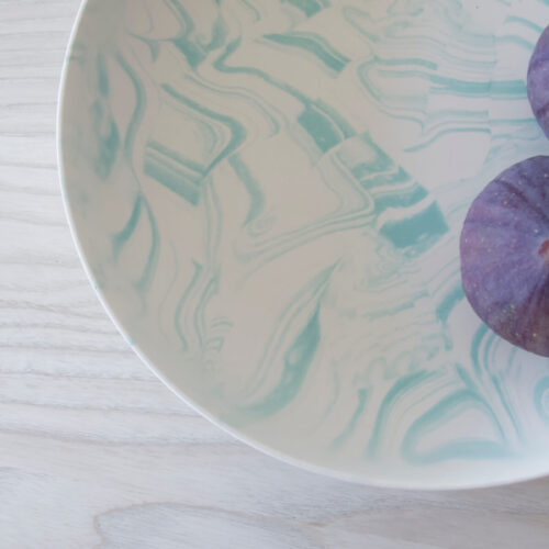 Poured Bowl – Large – White with Light Green – Detail Shot – Troels_Flensted – 300dpi